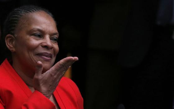 Quem é a ministra que renunciou em protesto contra a lei antiterror da França