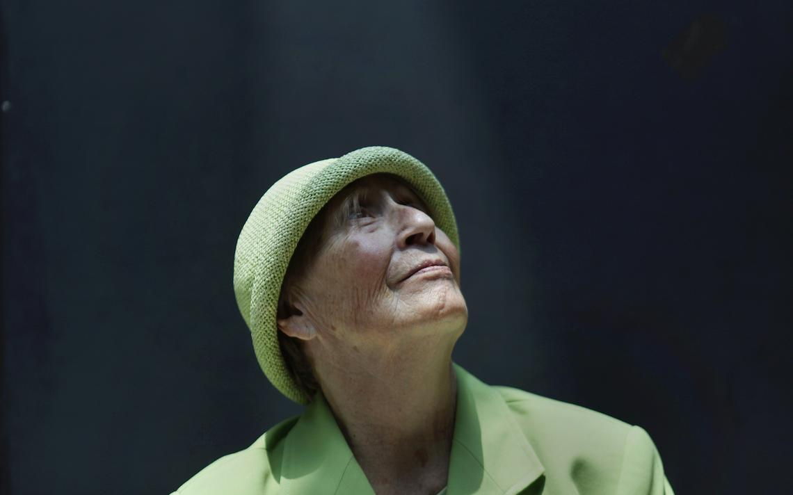 Teresa, uma ex-empresária e paciente de Alzheimer, na Fundação Alzheimer, na Cidade do México em 2012, com 75 anos