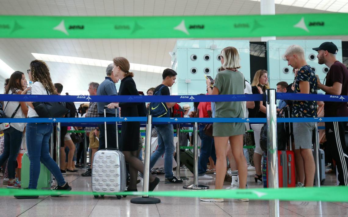 Turistas com visto e que pretendem passar mais de 90 dias na Europa também precisam obter autorização