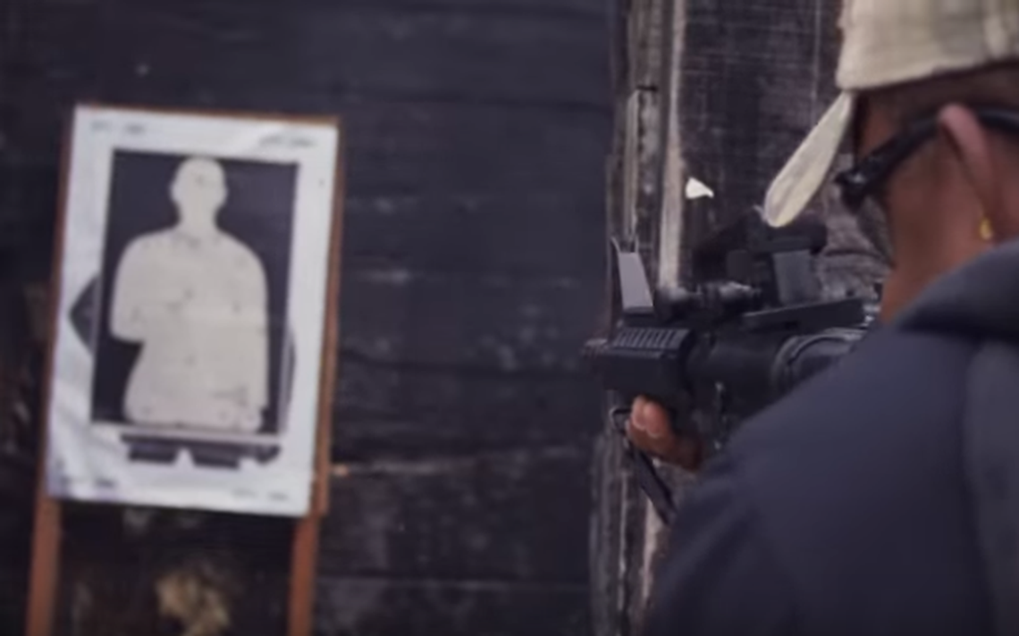 Vídeo de divulgação do fuzil Taurus T4