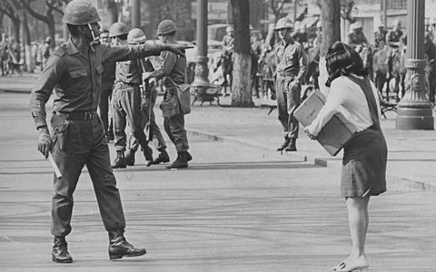 Violência de Estado: 'O passado não existe, o passado é hoje'