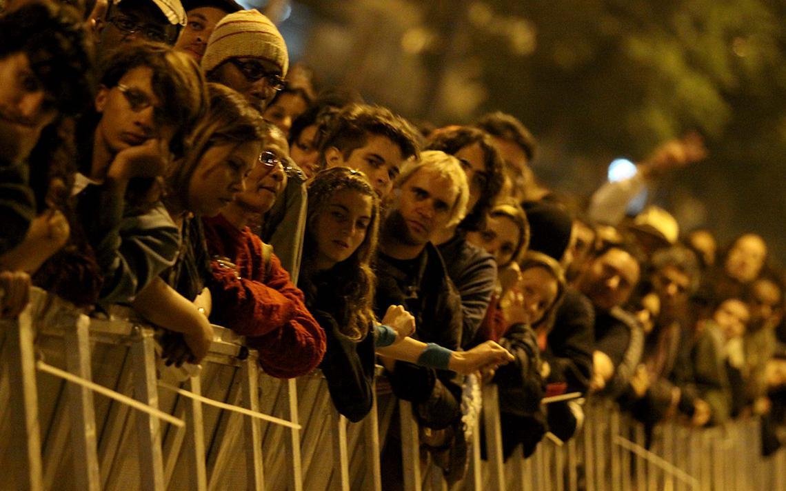Público assiste a show durante o evento Virada Cultural de 2015, em São Paulo