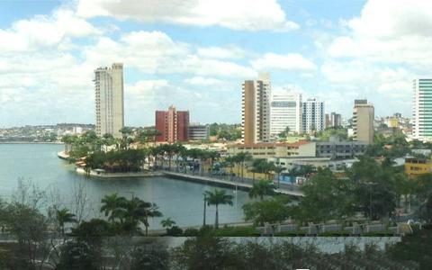 Como a rede de cidades médias avançou Brasil adentro