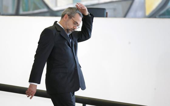 A demissão de Weintraub, um ministro contestado e investigado