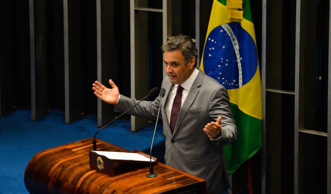 Senador Aécio Neves fala no Congresso Nacional