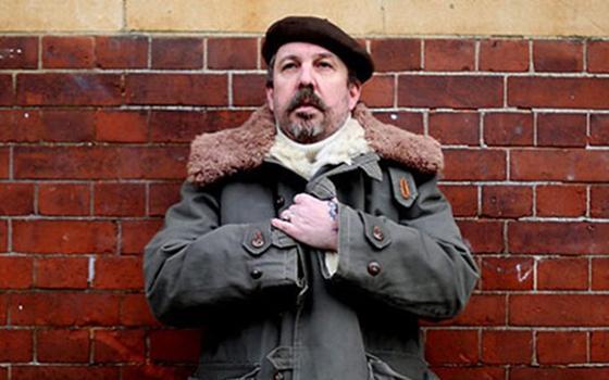 O DJ inglês que transformou indie rock em música com suingue