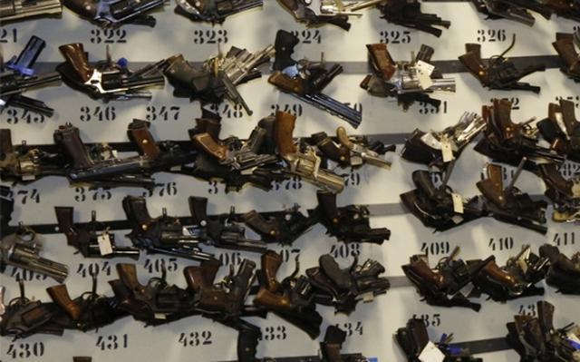 Por Que Foruns De Justica Guardam Armas De Fogo Nexo Jornal