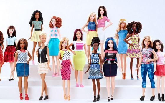 Barbie agora retrata mulheres reais: quando a mudança é imposta pelo público