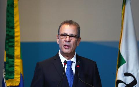 Ministro pede economia de energia em meio a crise hidrelétrica