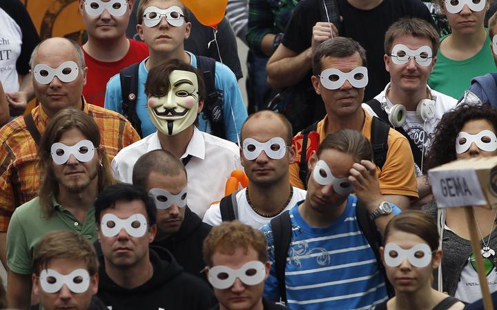 Protesto por segurança online