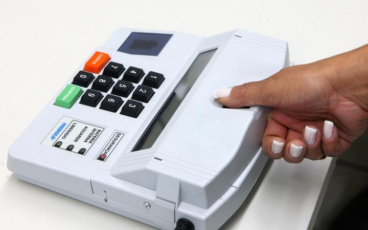 Tribunal Superior Eleitoral prevê cadastrar todos os eleitores brasileiros no sistema biométrico até 2022