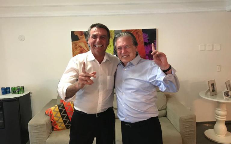 Deputados Jair Bolsonaro e Luciano Bivar
