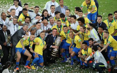 'Copa América reforça narrativa negacionista de Bolsonaro'