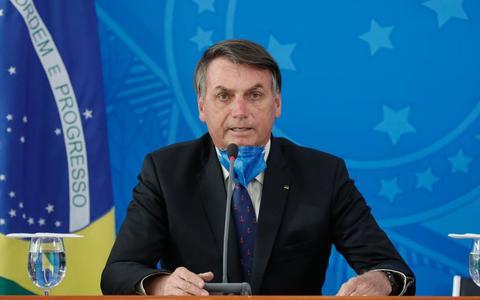 A resistência de Bolsonaro em mostrar seus testes de coronavírus