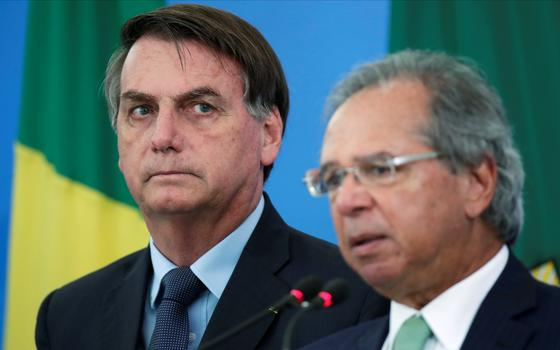 Renda Brasil: de aposta na área social a 'cartão vermelho'