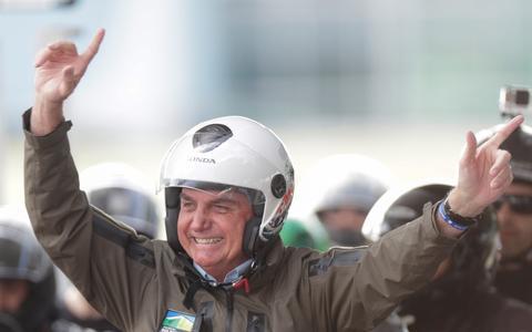 Bolsonaro diz que oposição 'não levará no tapetão'