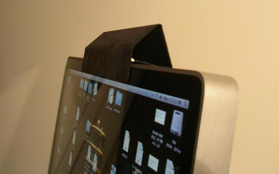 Muitos já tapam suas webcams. O problema, agora, são os microfones