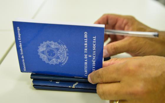 Brasil tem 316 mil novos empregos formais em julho