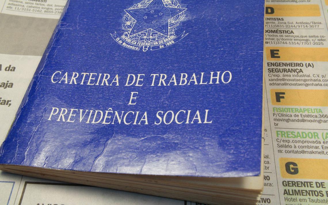 Carteira de Trabalho é a garantia da formalização do emprego no Brasil