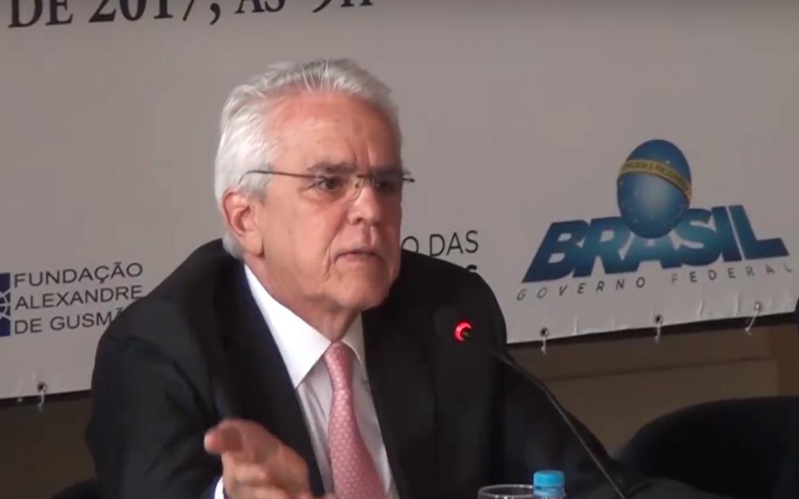 Castello Branco fala em seminário em homenagem ao economista Roberto Campos