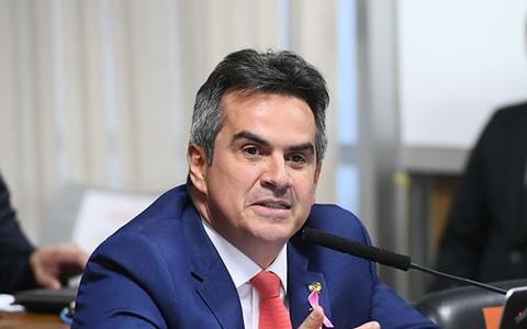 O casamento de Bolsonaro com o centrão em 4 atos