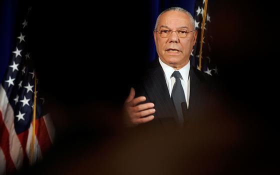 Ex-secretário de Estado dos EUA Colin Powell morre aos 84 anos