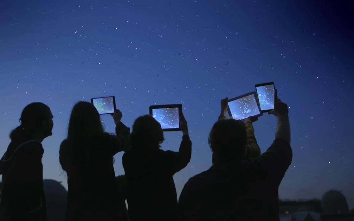 O céu pode ganhar mais uma camada de informações com o Star Chart