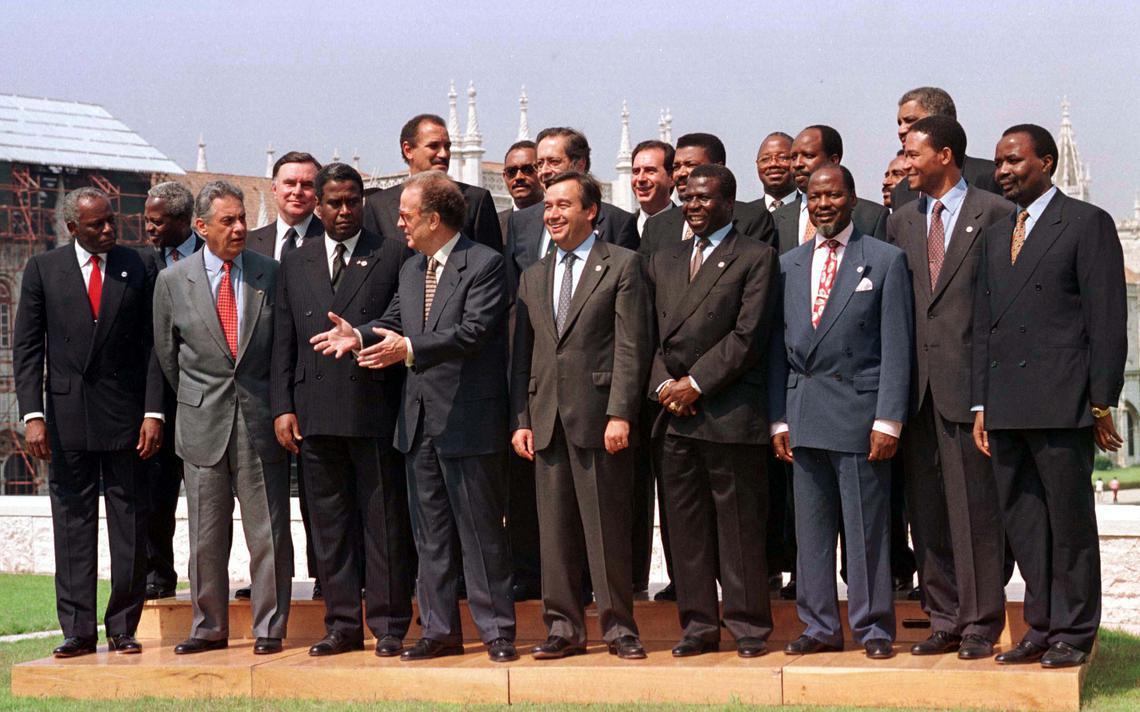 Chefes de Estado se reúnem para a criação da Comunidade dos Países de Língua Portuguesa