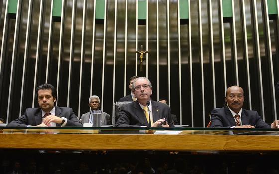 A reação de deputados aos votos no Supremo contra Eduardo Cunha