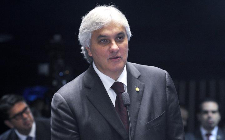 Delcídio em sessão no plenário do Senado em 2015