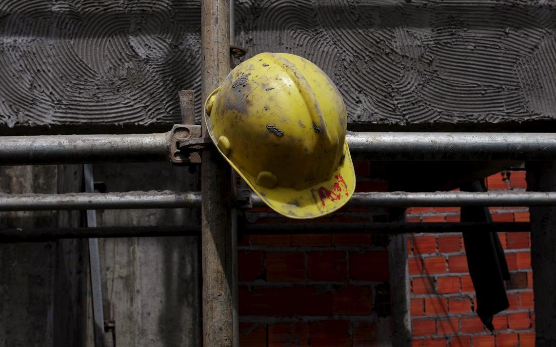 Crise gera desemprego na construção civil