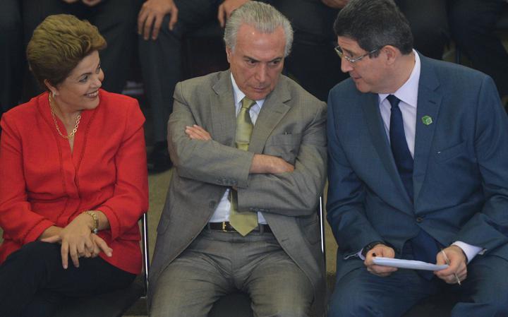 Então presidente ao lado de seu vice e ministro da Fazenda