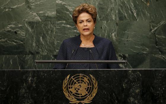 Dilma quer se queixar à ONU sobre 'golpe'. No que isso pode ajudá-la