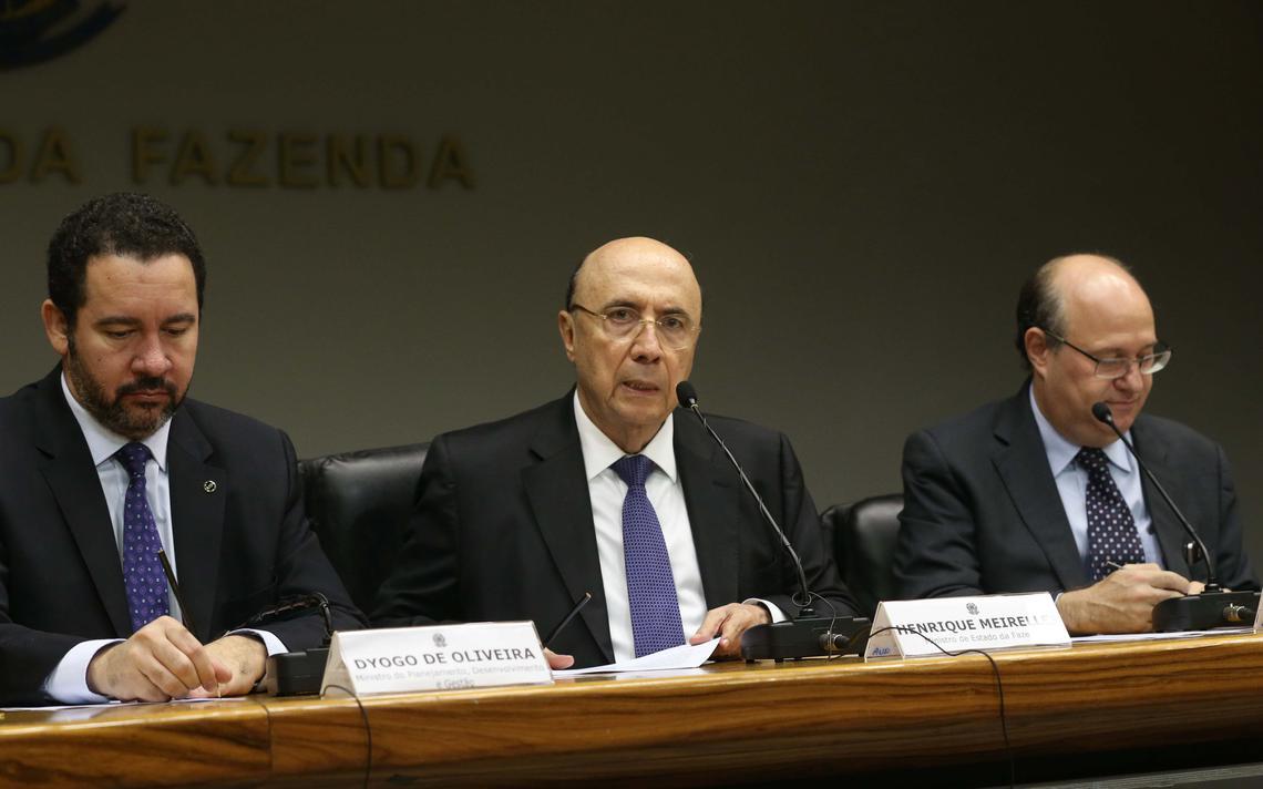 Cúpula do Conselho Monetário Nacional, Dyogo Oliveira, Henrique Meirelles e Ilan Goldfajn anunciam mudança na meta de inflação
