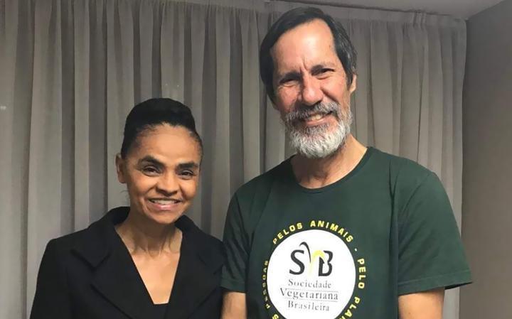 Nas redes sociais, Marina comemorou a aliança com o PV e a indicação de Eduardo Jorge como seu vice