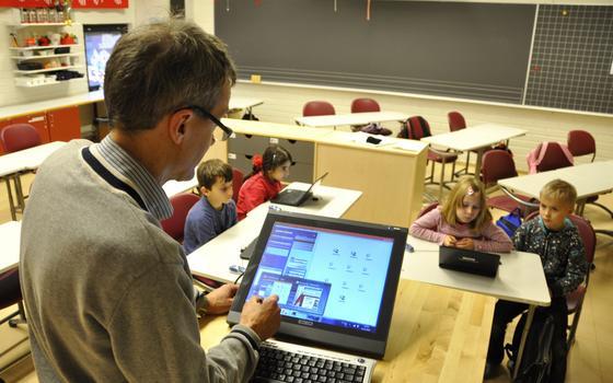 Ensino na Finlândia é ótimo. Mas há um fosso entre meninos e meninas