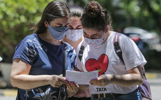 Enem da pandemia: alta abstenção e estudantes barrados