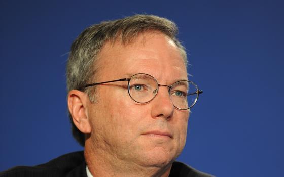 Presidente da Alphabet (Google) vai trabalhar junto com o Pentágono. Quais as implicações da parceria