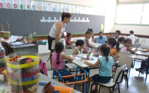 Conselho Nacional de Educação pede volta às aulas presenciais