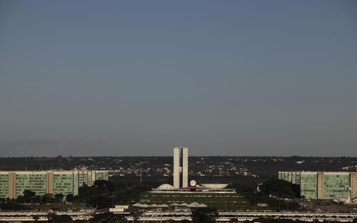 Vista do Congresso Nacional e da Esplanada dos Ministérios