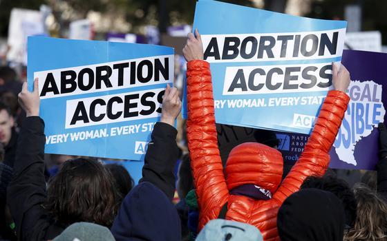 Biden vai contestar lei que restringe aborto no Texas