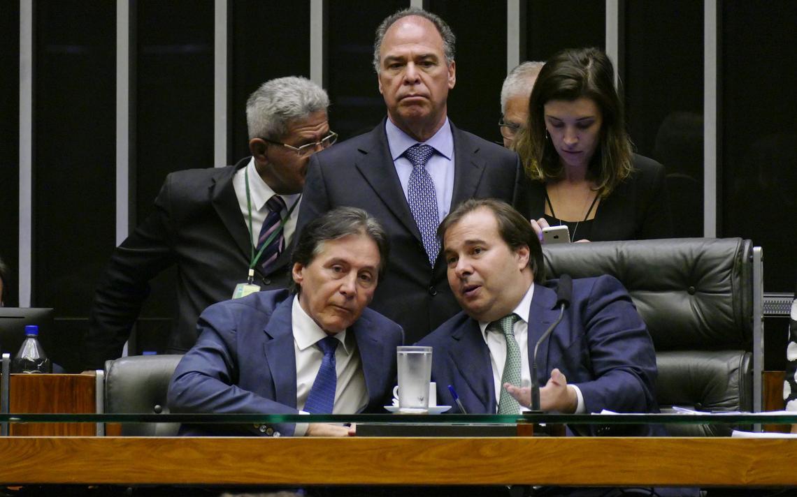 presidentes do Senado, Eunício Oliveira, e da Câmara, Rodrigo Maia