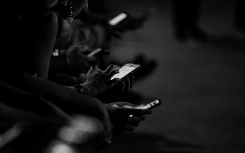 Medida de Bolsonaro dificulta remoção de conteúdo das redes