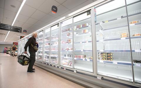 Como a falta de produtos afeta a economia global