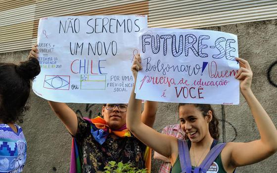 Estudantes protestam contra o programa Future-se em Pernambuco