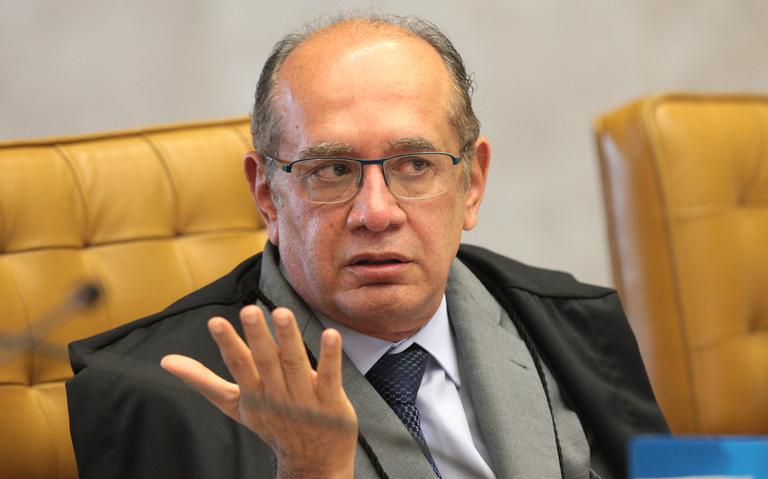 Gilmar Mendes durante sessão no plenário do Supremo