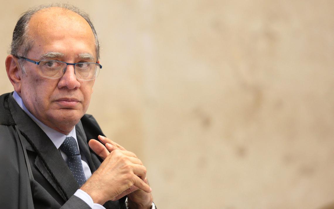 Gilmar Mendes participa de sessão plenária do Supremo, em 2016