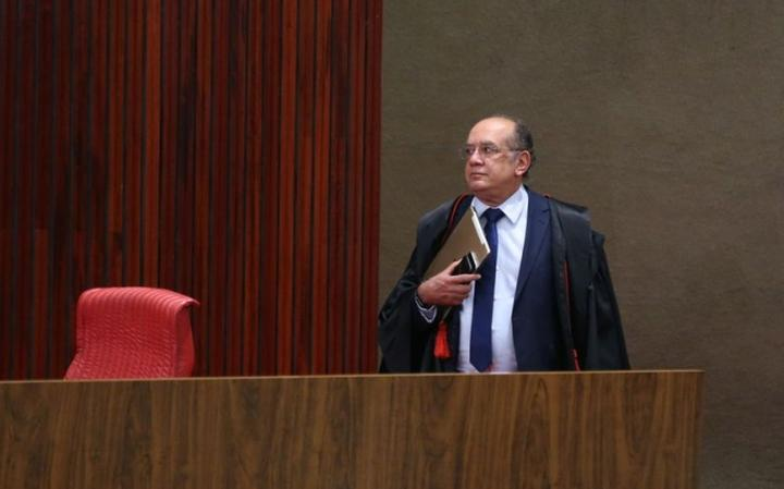 Gilmar Mendes era o presidente do TSE quando a Corte julgou ação do PSDB que pedia cassação da chapa Dilma-Temer, eleita em 2014
