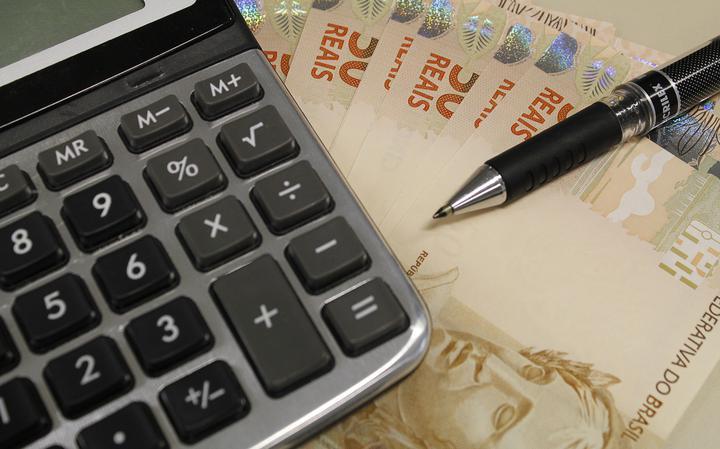 Cobrança de impostos