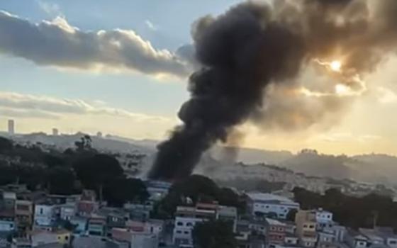 A destruição de obras de arte num incêndio em Taboão da Serra